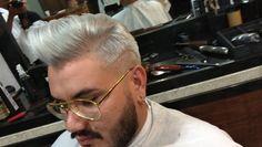 """240 Me gusta, 8 comentarios - BaixinhoHair (@baixinhohair) en Instagram: """"Bora platinar 🖌️🔥🌎 !!! By: Baixinho hair ...👊🔥🎬📹💈✂🎩🍻🌎 #barbeariabaixinhohair #barbearia #barberlove…"""""""