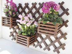 The Nuiances of Herb Garden Racks Apartment Garden Rack, Herb Garden, Outdoor Plants, Outdoor Decor, Pergola, Diy Holz, Handmade Furniture, Flower Pots, Planting Flowers