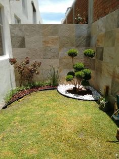 Backyard ideas, create your unique awesome backyard landscaping diy inexpensive on a budget patio - Small backyard ideas for small yards Small Backyard Design, Small Backyard Landscaping, Large Backyard, Patio Design, Backyard Patio, Landscaping Ideas, Backyard Ideas, Terrace Ideas, Patio Ideas