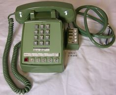 On July President Richard Nixon used this green telephone in the Oval Office to talk to the Apollo 11 astronauts while they were on the surface of the moon. Now you can see this same phone.