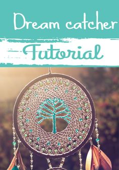 Learn how to make your own dream catcher with this step by step tutorial. Homemade Dream Catchers, Making Dream Catchers, Dream Catcher Decor, Dream Catcher White, Dream Catcher Boho, Doily Dream Catchers, Macrame Wall Hanging Patterns, Macrame Patterns, Crochet Dreamcatcher Pattern