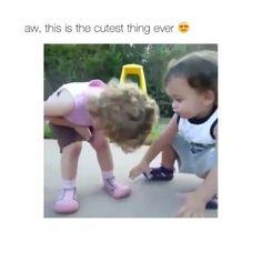 Cuteness overload. Tag a friend