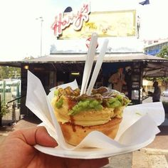 World famous and over 70 years old, Harry's Cafe de Wheels will always hit the spot. | What's The Best Cheap Eat In Sydney