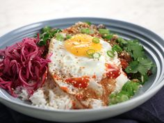 Five spice auberginebowl med krispigt ägg | Recept från Köket.se