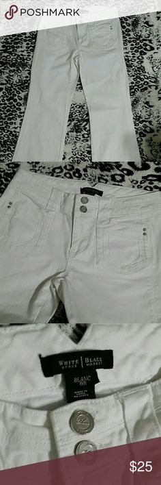 """White House Black Market 'Trouser Leg' jeans White, size 0 R They have some stretch to them Flared leg Lots of button detail Cute pockets Measurements : 41"""" length, 33"""" inseam, 8"""" front rise,  28"""" waist White House Black Market Jeans Flare & Wide Leg"""