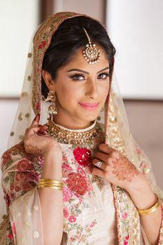 South Asian Fuchsia Wedding - Belle The Magazine Muslim Couple Photography, Life Photography, Indian Bridal Wear, Pakistani Bridal, Bridal Updo, Bridal Wedding Dresses, Wedding Stuff, Dream Wedding, Wedding Ideas
