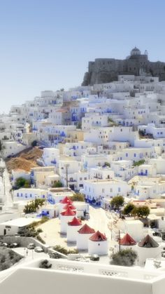 someone just take me to Greece!