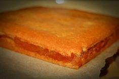 Prajitura turnata cu mere calite Easy Sweets, Cornbread, Cheesecake, Deserts, Cooking Recipes, Ethnic Recipes, Food, Bakken, Millet Bread