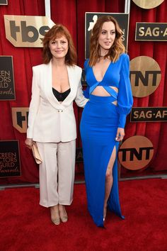 Susan Sarandon and Eva Amurri are stunning at the SAG Awards
