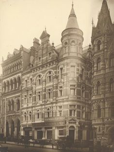 The Wool Exchange (Winfield Building) at 487-495 Collins St, Melbourne,Victoria (year unknown). •State Library of Victoria•