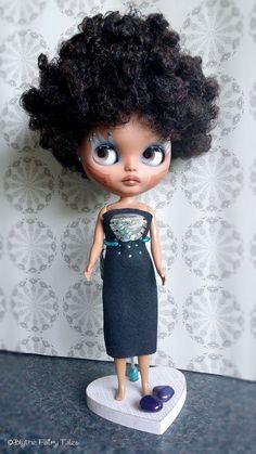 BLACK PEARL OOAK custom Blythe doll dark por BlytheFairyTales