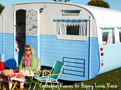 Happy blogs about her life, loves and whimsy home decor, with a bit of crafting, vintage caravan's and bargain hunting added to the mix.