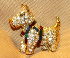 VINTAGE KENNETH J. LANE PAVE CRYSTAL RHINESTONE SCOTTIE  / TERRIER DOG PIN  #KennethJayLane