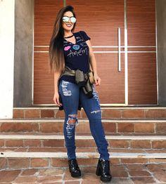 """14.2k Likes, 96 Comments - Vanessa Martins Borellii (@vanessaborellii) on Instagram: """"Vamos começar o dia com esse conjunto lindo e super confortável! @glovelymodas"""""""