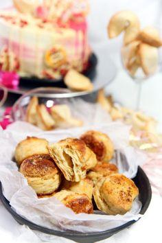 Fenomenálne Oškvarkové Pagáčiky Pretzel Bites, Biscuits, Menu, Bread, Snacks, Food, Basket, Crack Crackers, Menu Board Design