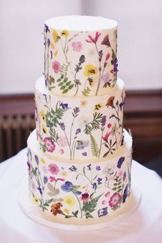 Wedding Cake Fresh Flowers, Floral Wedding Cakes, White Wedding Cakes, Colourful Wedding Cake, White Birthday Cakes, Birthday Cake With Flowers, 60th Birthday Cakes, Alternative Wedding Cakes, Wedding Cake Alternatives