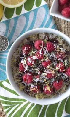 Tiffani Thiessen's Raspberry Lemonade Oatmeal Will Make You a Morning Person