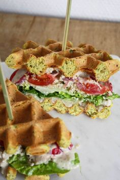 Søg i opskrifter. Greek Recipes, Raw Food Recipes, Snack Recipes, Fast Healthy Meals, Healthy Cooking, Tefal Snack Collection, Yummy Waffles, Food Inspiration, Love Food