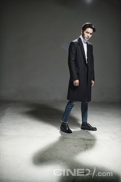 Lee Jin Wook - CINE21 Issue No. 1020 Lee Jin Wook, Drama Film, Korean Actors, Comebacks, Kdrama, Kimchi, Anonymous, Virgo, Eye Candy