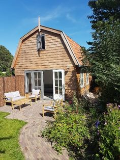 New House in the center of Groet. Very close to the dunes, forest and beach. Supermarket, bakery and restaurants all on walking distance. private entrance. The Dunes, B & B, Holland, Entrance, Restaurants, New Homes, Camping, House Styles, Beach