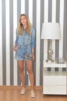 Nati Vozza do Blog de Moda Glam4You usa look all jeans.