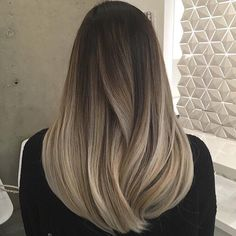 10 balayage ombre long hairstyles from subtle to stunning new best hairstyle Long Hair Cuts balayage Hairstyle Hairstyles Long ombre Stunning subtle Balayage Straight Hair, Blonde Balayage, Ombre On Straight Hair, Bayalage, Brown Hair With Blonde Highlights, Hair Highlights, Natural Hair Styles, Long Hair Styles, Ombre Hair Color
