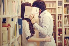 engagement photo's in a library or bookstore