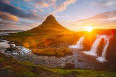 Kirkjufellsfoss waterfall sunset in Iceland Europe. [OC] [1000x663] - FlatBottleCap - photography beautiful travel nature landscape