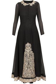 Black embellished kurta set available only at Pernia's Pop-Up Shop. Anarkali Dress, Pakistani Dresses, Indian Dresses, Anarkali Suits, Indian Attire, Indian Ethnic Wear, Indian Wedding Outfits, Indian Outfits, India Fashion