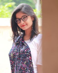 Image may contain: one or more people and eyeglasses Dehati Girl Photo, Girl Photo Poses, Beautiful Girl Photo, Beautiful Girl Image, Cool Girl Pictures, Girl Photos, Teen Girl Photography, Islamic Girl, Cute Girl Poses