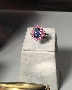 @argylepinkdiamonds_official.   O, My Stars! The historic Argyle Violet™ diamond, the largest ever unearthed in Australia was unveiled in an exquisite ring by LJ West Diamonds, surrounded by Fancy Vivid Purplish Pink Argyle pink diamonds. The ring and other important fancy colour diamond jewels can be viewed at the Natural History Museum of Los Angeles until March 2017 as part of the Diamonds: Rare Brilliance exhibition. #argylepinkdiamonds #argyleviolet