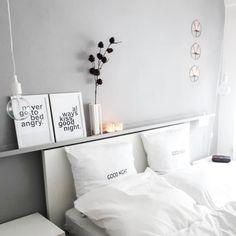 Schlicht, schwarz-weiß und so einladend. ❤ Das Schlafzimmer von @lissysliving kommt ohne viel Schnickschnack daher aber mit umso mehr Stil.…