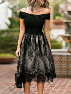 Pin by Liliana Landin on Clothes in 2019 Modest Dresses, Pretty Dresses, Beautiful Dresses, Casual Dresses, Fashion Dresses, Skirt Outfits, Dress Skirt, Mode Chic, Classy Outfits