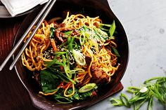 This ticks our top Chinese flavours for beef: hoisin, five spice, ginger, garlic and sesame. A pack of fresh chow mein noodles is the secret to this quick and tasty crowd-pleaser.