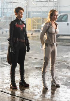 "Check out photos from the ""Crisis on Infinite Earths"" Arrowverse crossover, kicking off Dec. 8 on 'Supergirl. Batwoman, Nightwing, Batgirl, Batman Comic Art, Gotham Batman, Batman Robin, Dc Comics, Batman Comics, Batman Versus"