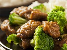 Use inexpensive stew meat to make take out favorite Broccoli Beef at home using your slow cooker. Tender beef and crunchy broccoli in a thick sauce. Asian Recipes, Beef Recipes, Cooking Recipes, Healthy Recipes, Healthy Meals, Delicious Recipes, Easy Recipes, Recipies, Beef Broccoli Stir Fry