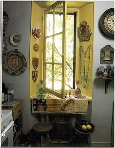 I absolutely love this kitchen window