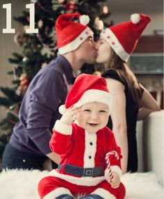 Family Photo Ideas for Christmas - Santa baby.