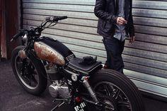 Yamaha SR500 by Philippe