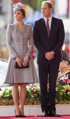 Prince William, Duke of Cambridge and Catherine, Duchess of Cambridge are seen as they welcome the President of Singapore at the Royal Garden Hotel on 21.10.2014 in London, England.