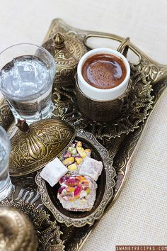 Turkish+Coffee+Recipe - I love coffee - Coffee And Books, Coffee Set, Coffee Cafe, Coffee Break, Iced Coffee, Coffee Barista, Coffee Corner, Cappuccino Coffee, Coffee Girl