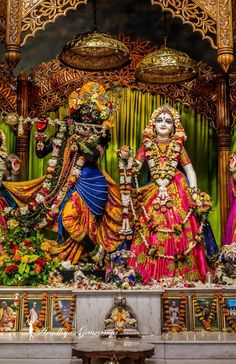 Radha Krishna Images, Radha Krishna Love, Radhe Krishna, Shree Krishna Wallpapers, Eternal Love, Indian Gods, Gods And Goddesses, Shiva, Fair Grounds
