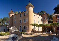 Somewhere I would like to live: Château in Provence / Pierre Yovanovitch