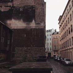 Walk in the past #berlin #mitte #architecture #urbanlandscape