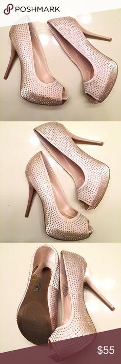 NEW [Jennifer Lopez] rhinestone heels size 8 Brand new, never worn rhinestone heels by Jennifer Lopez. Sparkly and classy style. Women's size 8 Jennifer Lopez Shoes Heels