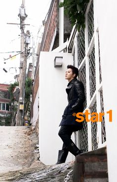Junsu models for star1 Magazine, talks about his injury during Park Ji Sung's charity soccer tournament