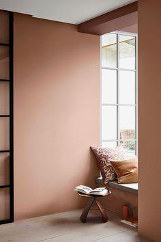 I stedet for at male én væg, så prøv denne nye trend Bedroom Wall Colors, Bedroom Decor, Interior Wall Colors, New Room, Colorful Interiors, Home Interior Design, Interior Inspiration, Home And Living, Design Case