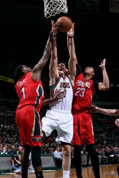 Ersan Ilyasova #7 of the Milwaukee Bucks shoots against the New Orleans Pelicans on March 9, 2015 at the BMO Harris Bradley Center in Milwaukee, Wisconsin.  (Photo by Gary Dineen/NBAE via Getty Images)