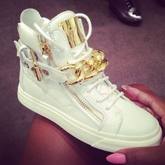 I'm not really a fan of designer sneakers but these are dope #GIUSEPPEZANOTTI#ALLWHITEERRYTHANG