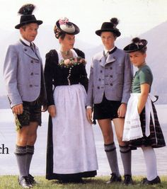FolkCostume&Embroidery: Women's Costume of Miesbach region, Upper Bavaria, Germany